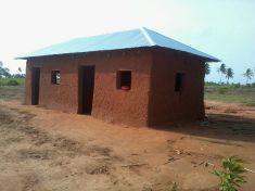 Gebäude Lehrerzimmer fertig